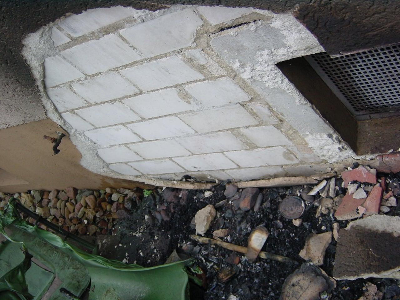 Instandsetzung nach Mülltonnenbrand