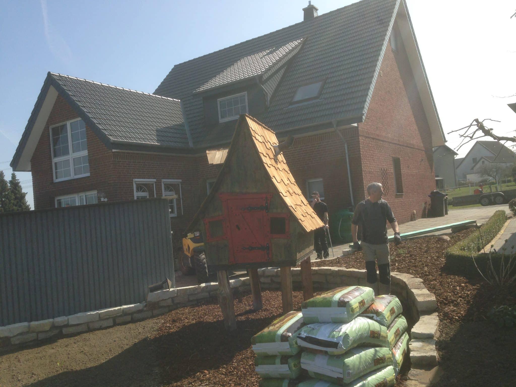 Lieferung & Montage von Gartenhäusern