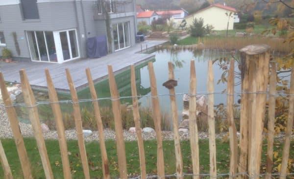 Zaunbau Staketenzaun Teichschutz