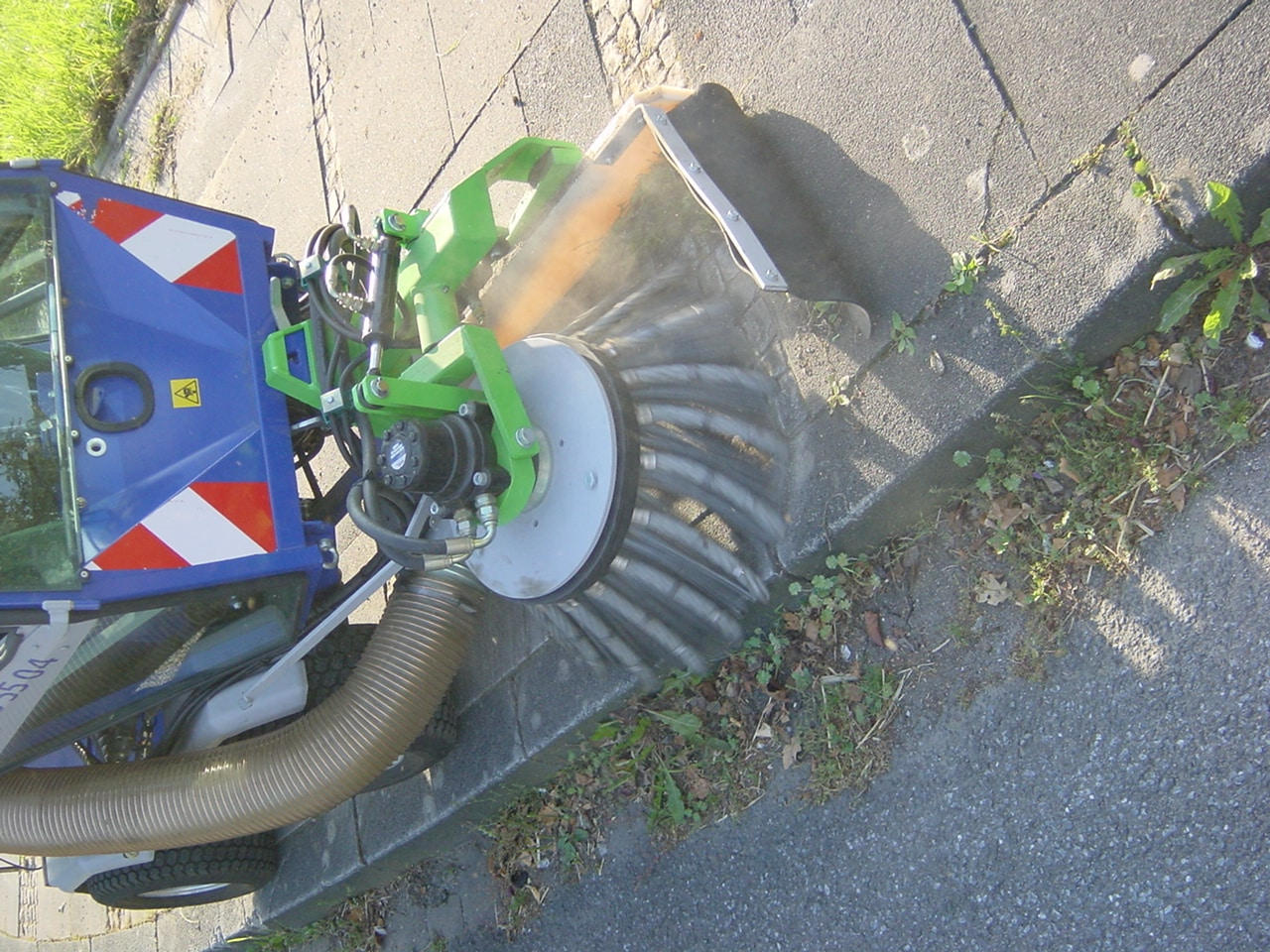 Unkrautbeseitigung auf Gehwegen Bad Oeynhausen